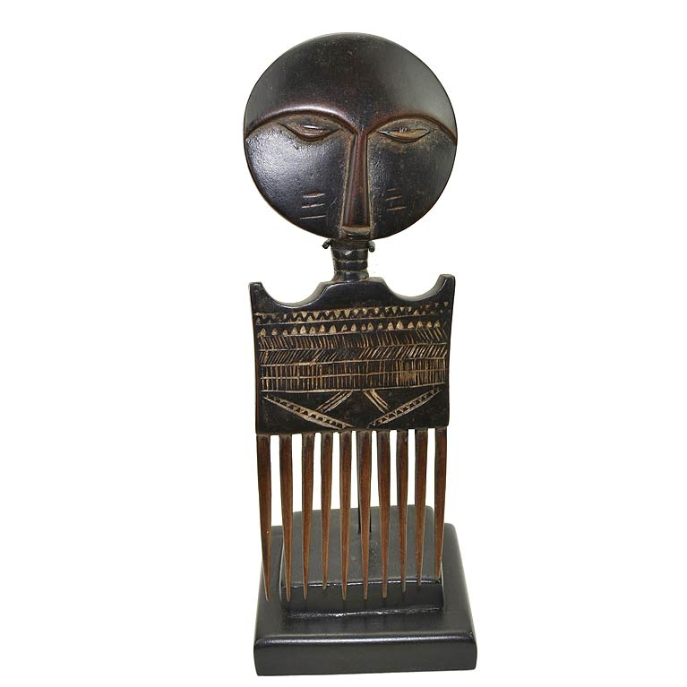 Decorative ashanti wooden comb