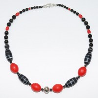 Dutch Trade bead necklace, red focal beads
